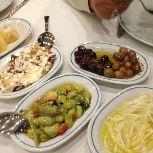 2/9/2013에 Kemal A.님이 Cunda Balık Restaurant에서 찍은 사진