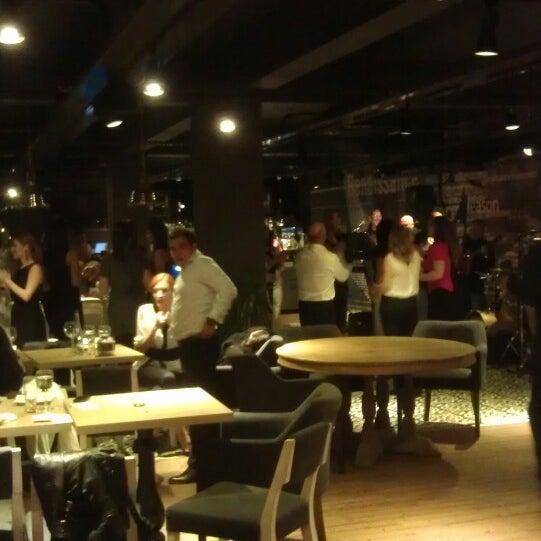 4/27/2013 tarihinde Soner Y.ziyaretçi tarafından Mint Restaurant & Bar'de çekilen fotoğraf