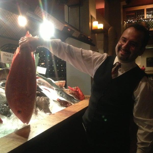 รูปภาพถ่ายที่ Kellari Taverna NY โดย Julie W. เมื่อ 12/29/2012