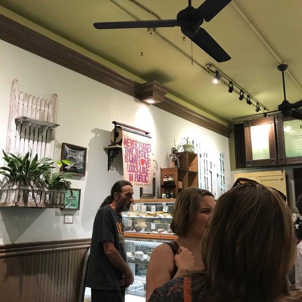 9/2/2017にJulia B.がBack to Eden Bakeryで撮った写真