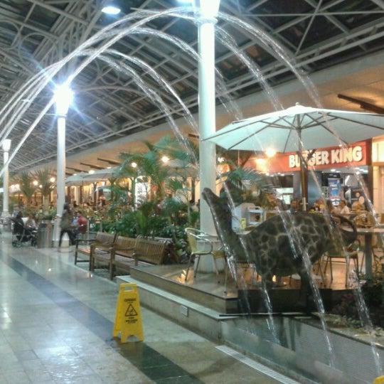 11/9/2012 tarihinde Marlon F.ziyaretçi tarafından Shopping Estação'de çekilen fotoğraf