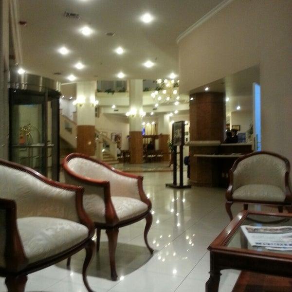 Das Foto wurde bei InterTower Hotel von Carlos J. am 4/18/2013 aufgenommen