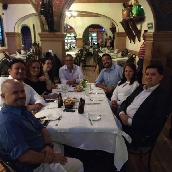 Foto diambil di Restaurante & Bar La Strega oleh Iliana R. pada 5/3/2018