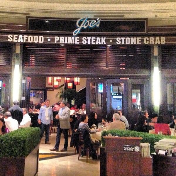 2/13/2013にVanéli C.がJoe's Seafood, Prime Steak & Stone Crabで撮った写真
