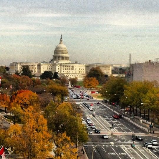 Foto scattata a Newseum da Michele R. il 11/10/2012