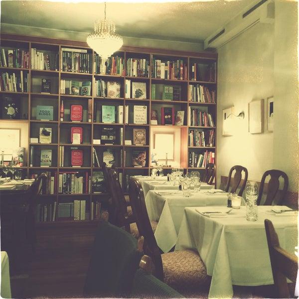 Cucina e libri zurich