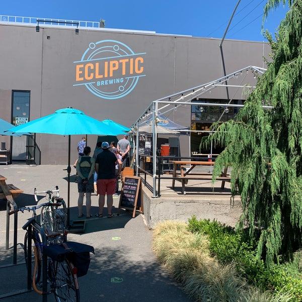 7/25/2020にKarl V.がEcliptic Brewingで撮った写真