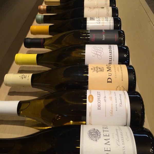 12/30/2015 tarihinde Karl V.ziyaretçi tarafından Los Olivos Wine Merchant Cafe'de çekilen fotoğraf