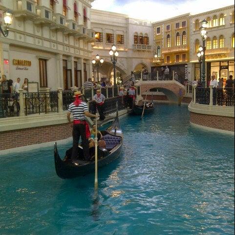 Foto tirada no(a) Venetian Resort & Casino por @VegasBiLL em 5/23/2013
