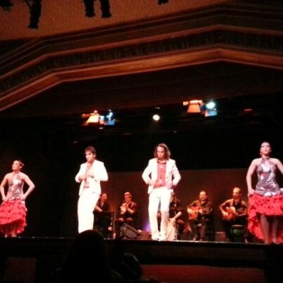 Снимок сделан в Palacio del Flamenco пользователем Büşra E. 1/31/2013