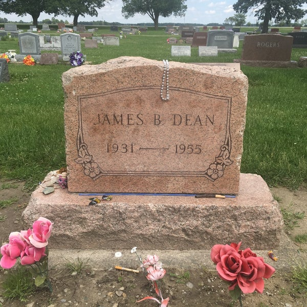 Photos at James Dean's Grave - Cemetery in Fairmount