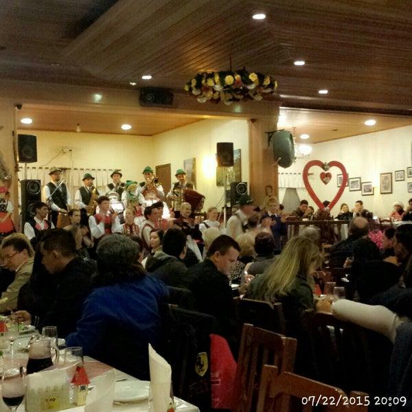 Foto tomada en Torquês Restaurante por Fabiola Z. el 7/23/2015
