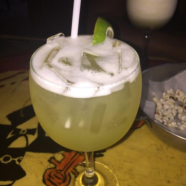 Foto diambil di Ottomanelli's Wine & Burger Bar oleh Imira D. pada 7/24/2015