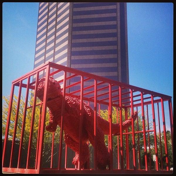 Снимок сделан в Phoenix Art Museum пользователем dawn b. 4/6/2013