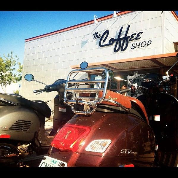 Das Foto wurde bei The Coffee Shop at Agritopia von dawn b. am 9/29/2012 aufgenommen