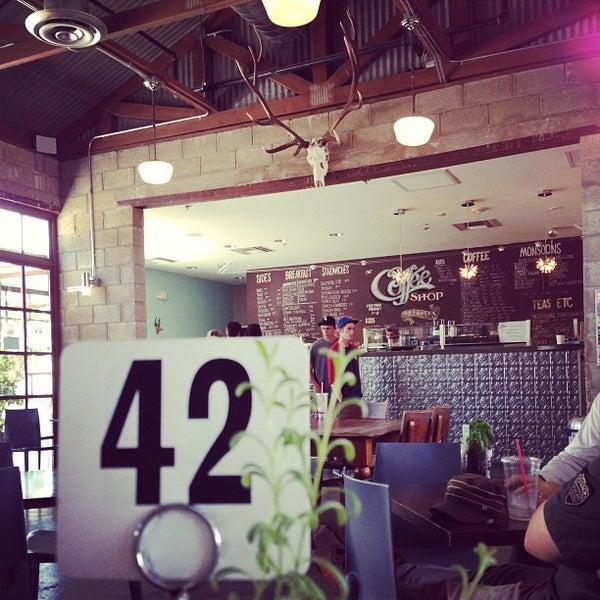 Das Foto wurde bei The Coffee Shop at Agritopia von Ricky B. am 4/27/2013 aufgenommen