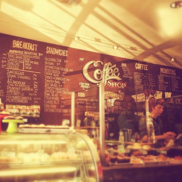 Das Foto wurde bei The Coffee Shop at Agritopia von Ricky B. am 1/19/2013 aufgenommen