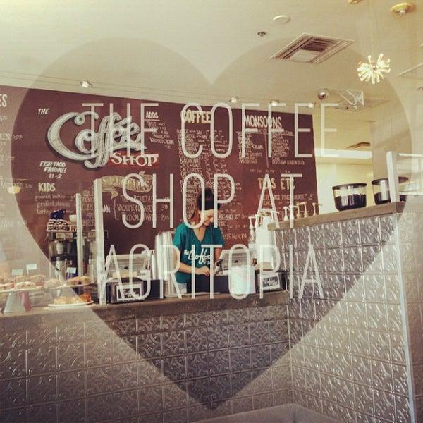 Das Foto wurde bei The Coffee Shop at Agritopia von Ricky B. am 6/8/2013 aufgenommen
