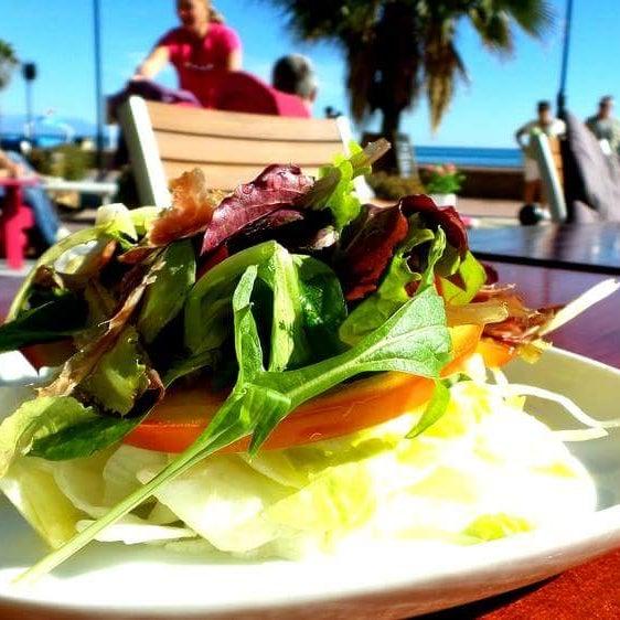 Menú  del día con Cava €9.90! Frente  al mar,  Paseo Maritimo #TORREMOLINOS El Gato Lounge