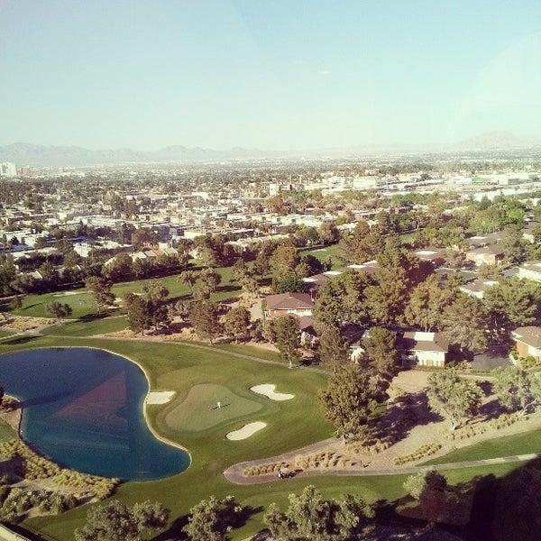 Снимок сделан в LVH - Las Vegas Hotel & Casino пользователем Arie S. 4/21/2013