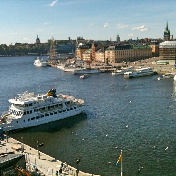 Foto tirada no(a) Grand Hôtel Stockholm por Evelyne V. em 5/25/2013