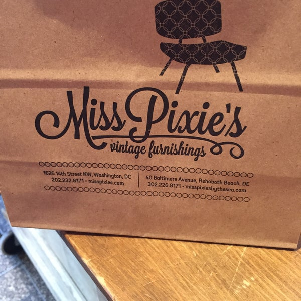 12/30/2014にLynn M.がMiss Pixie'sで撮った写真
