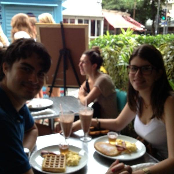 Photo prise au Gringo Café par Yuri V. le3/17/2013