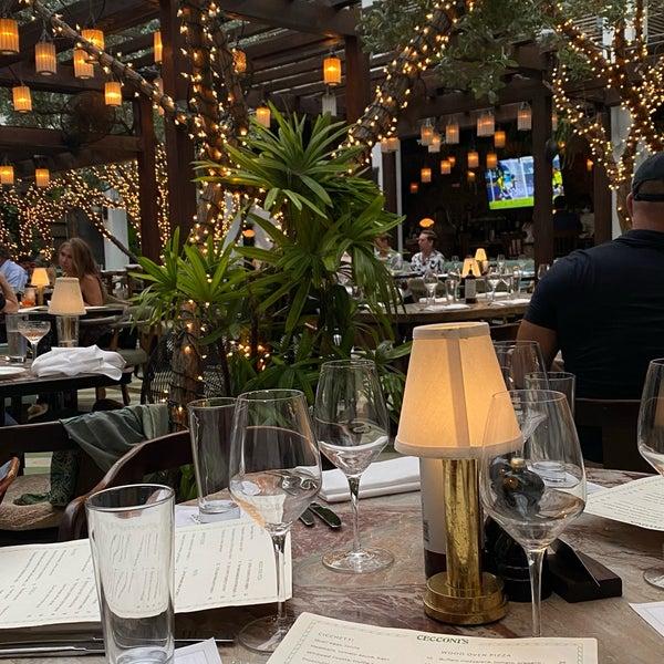 6/26/2021에 Mish S님이 Cecconi's Miami Beach에서 찍은 사진