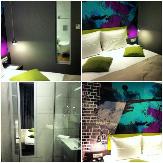 11/1/2012 tarihinde Tatiana K.ziyaretçi tarafından Hotel Berlin'de çekilen fotoğraf