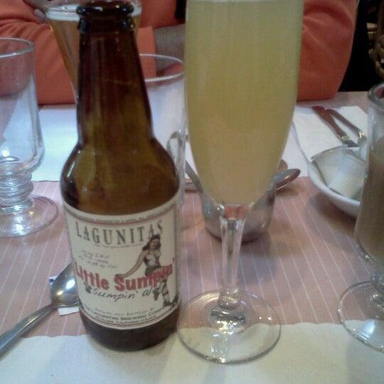 10/7/2012 tarihinde Rosa M.ziyaretçi tarafından The Breakfast Club & Grill'de çekilen fotoğraf