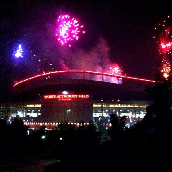 Foto diambil di Broncos Stadium at Mile High oleh Jackie F. pada 7/5/2013