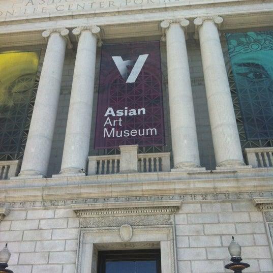 9/22/2012 tarihinde Rhonda S.ziyaretçi tarafından Asian Art Museum'de çekilen fotoğraf
