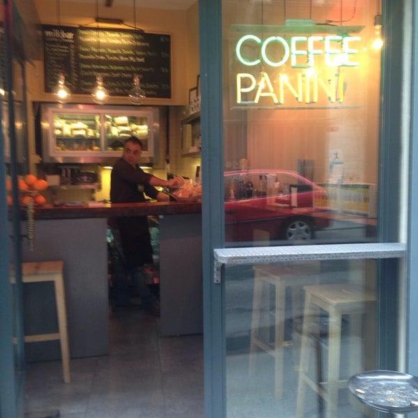 Foto scattata a Milkbar Coffee & Panini da Pinar C. il 11/14/2013