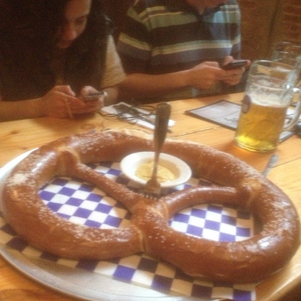Got a big group? Get the extra large off-menu pretzel. It is MASSIVE and memorable.