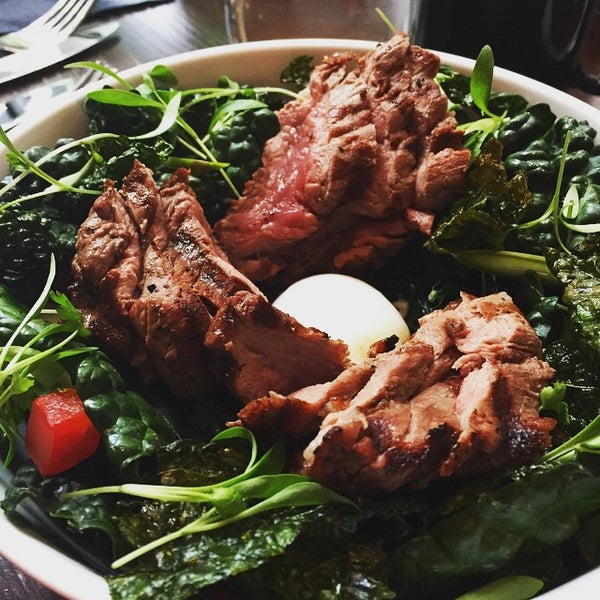 Das Foto wurde bei Freestyle Food + Drink von Kari K. am 5/10/2015 aufgenommen
