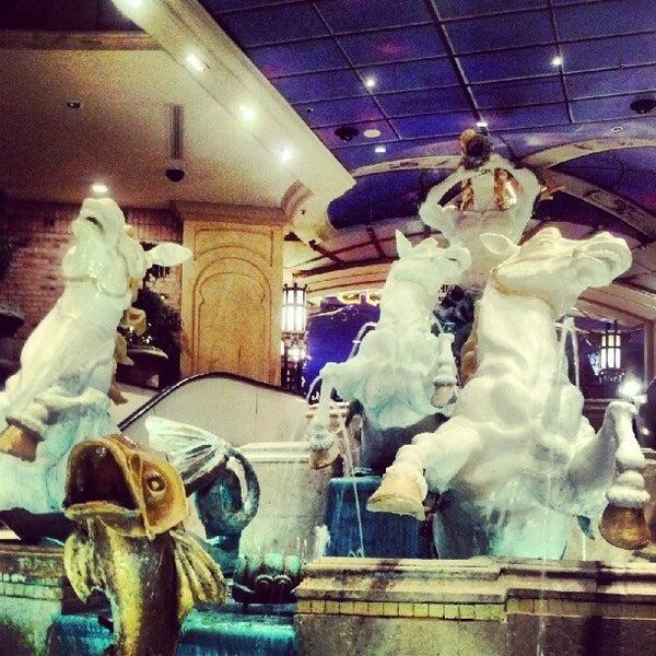 Снимок сделан в Eldorado Resort Casino пользователем Gabi T. 9/26/2012