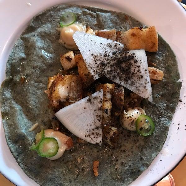 Las combinaciones más inusuales y más deliciosas. Mis favoritos el de costillita, pork belly y veggie. Una delicia