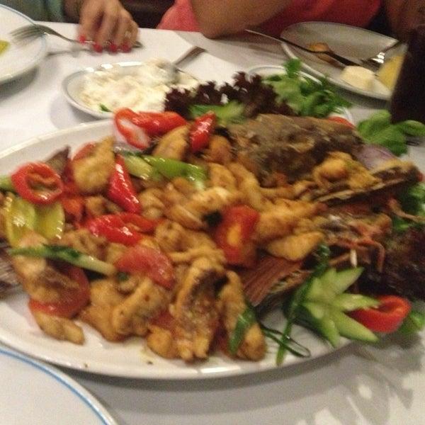 7/5/2013에 Yılmaz Kaizen님이 Cunda Balık Restaurant에서 찍은 사진