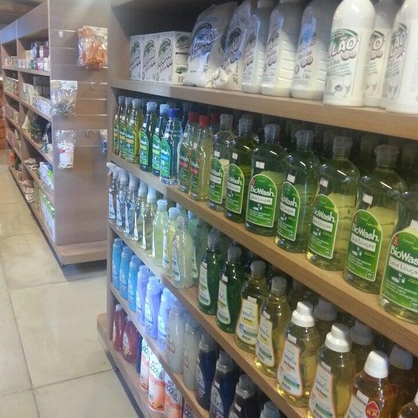 Foto scattata a Bioon Ecomercado & Café da Simone N. il 8/12/2013