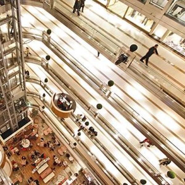 Das Foto wurde bei City's Nişantaşı von Ömer E. am 12/20/2012 aufgenommen