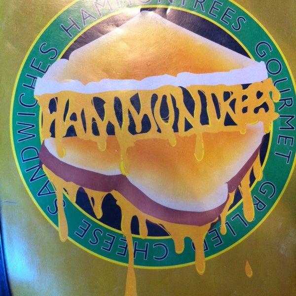 Foto tirada no(a) Hammontree's Grilled Cheese por Martha S. em 3/22/2014