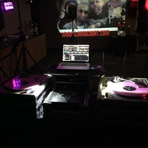 Das Foto wurde bei Rigby's Entertainment Complex von Courtney DJ King Court L. am 6/7/2015 aufgenommen