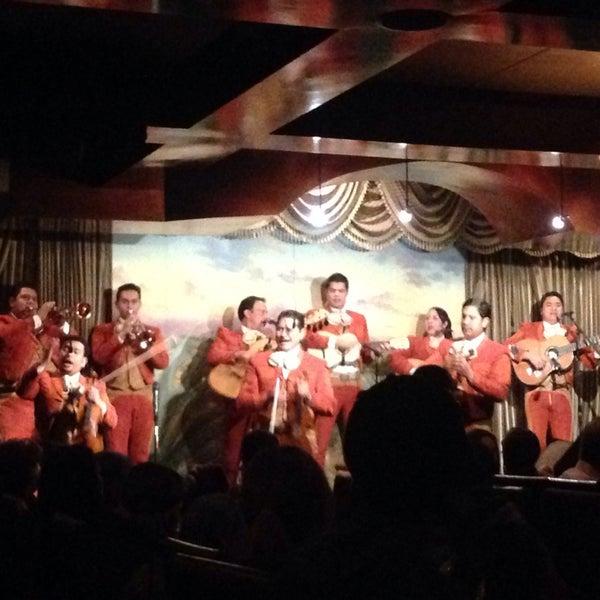 Foto tomada en Casa Sanchez por Grant J. el 3/15/2014