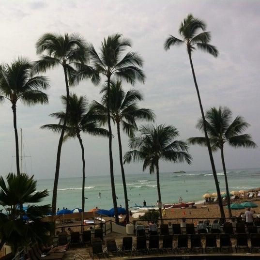 12/5/2012 tarihinde Cheryl H.ziyaretçi tarafından Hula Grill'de çekilen fotoğraf
