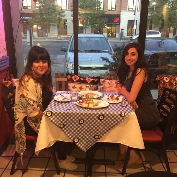 7/6/2016에 Mine Ö.님이 Anatolia Restaurant에서 찍은 사진