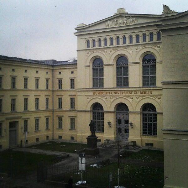 2/14/2013에 Christian B.님이 Humboldt-Universität zu Berlin에서 찍은 사진