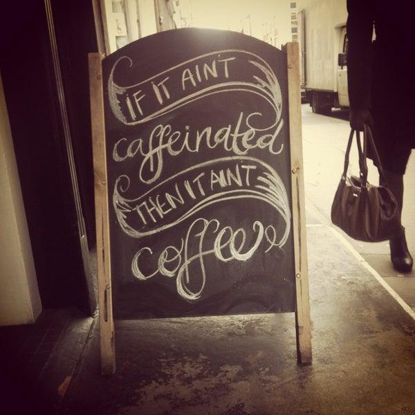 Photo prise au Kaffeine par Brigid H. le4/8/2013