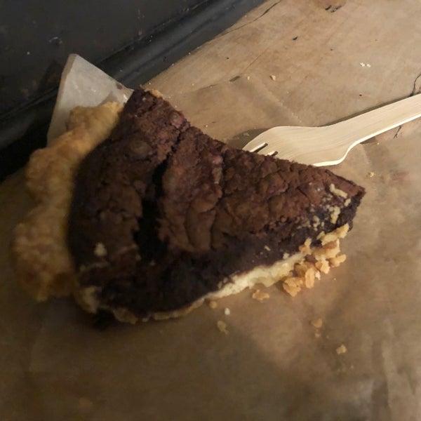 12/6/2019에 Elizabeth F.님이 Petee's Pie Company에서 찍은 사진