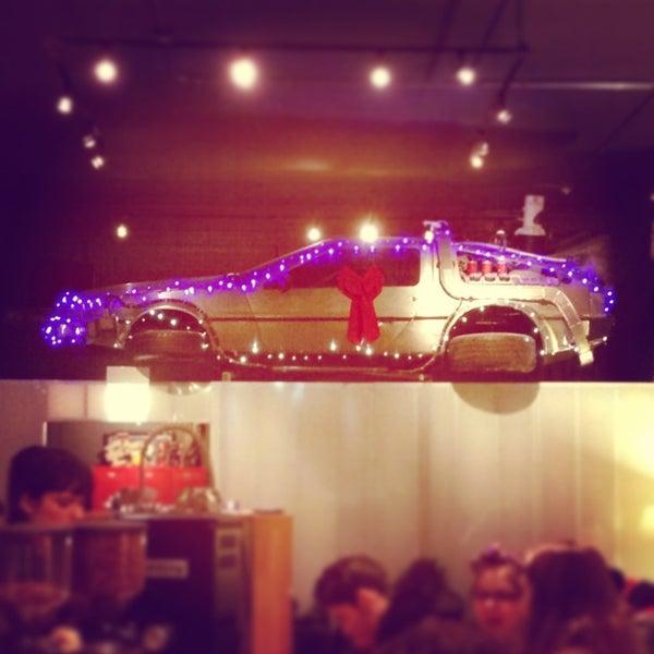 12/28/2012에 Dana K.님이 The Wormhole Coffee에서 찍은 사진