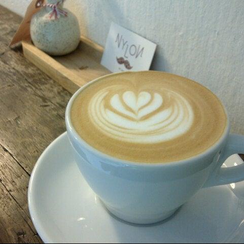 3/16/2013にPhill H.がNylon Coffee Roastersで撮った写真